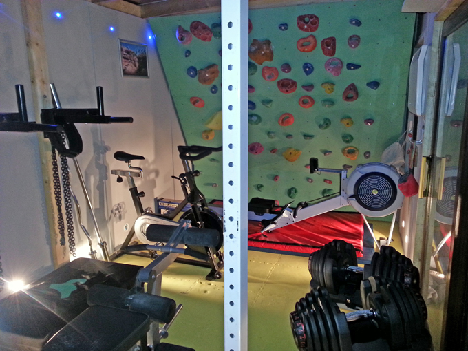 Indoor home climbing bouldering training wall gym